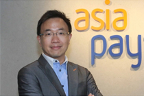 The CEO of AsiaPay, Joseph Chan interviewed by Apple Daily.